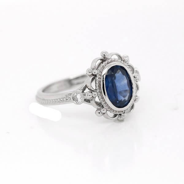 Vintage oval sapphire engagement ring OroSpot