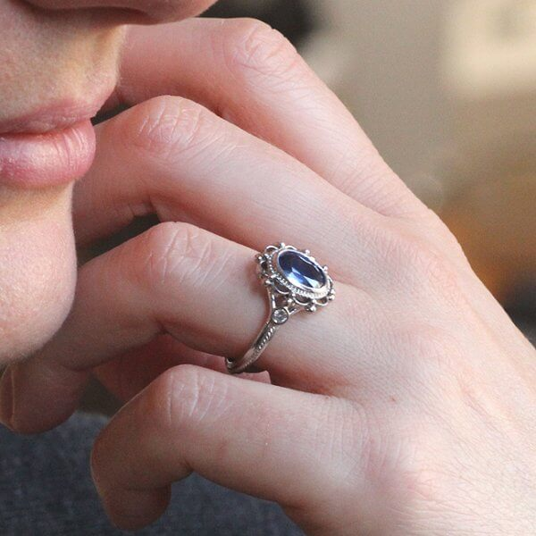 sapphire and diamonds vintage engagement ring
