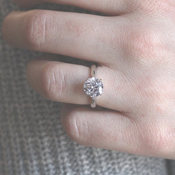 2Ct Moissanite Engagement Ring OroSpot