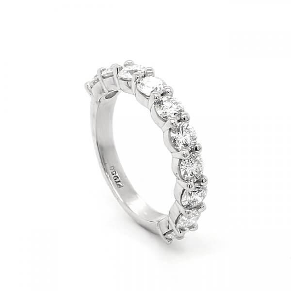 Contemporary 1.7ct diamond bridal band OroSpot