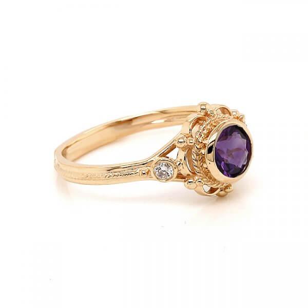 Diamond and amethyst engagement ring OroSpot