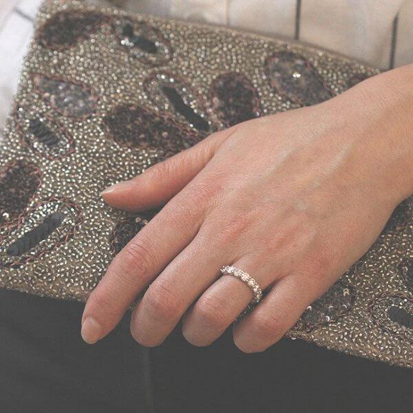 Every day wear diamond wedding ring by OroSpot