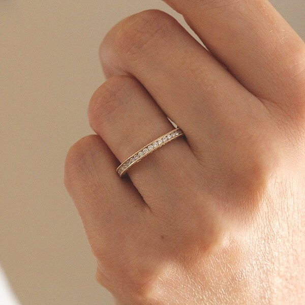 Hand carved diamond eternity ring by OroSpot