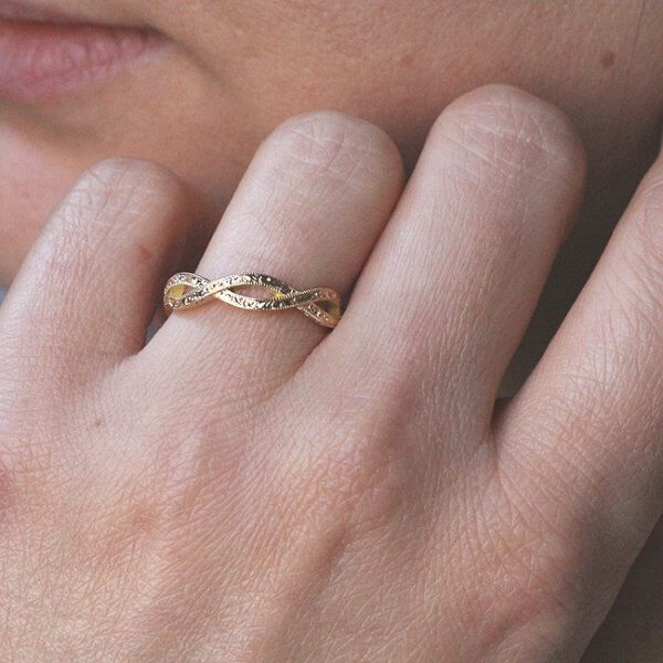 infinity antique etched milgrained band