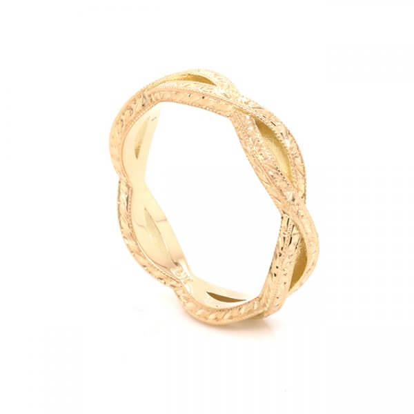 intertwined antique wedding band