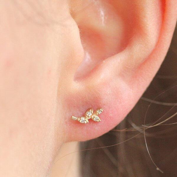 Leaf Motif Diamond Earrings OroSpot