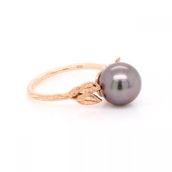 Leaf Tahitian Pearl Ring in Gold