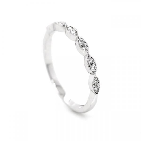 Milgrained modern diamond wedding band by OroSpot