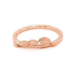 Organie gold wedding ring