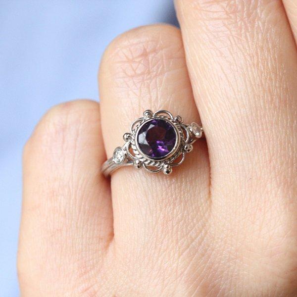 Spectacular gemstone engagement ring OroSpot
