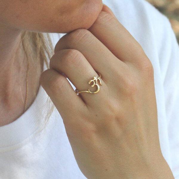 Spiritual symbol AUM ring OroSpot