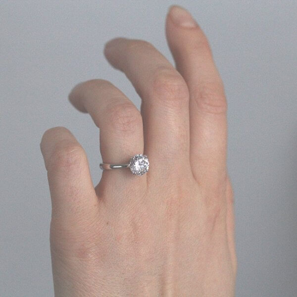 Stylish Round Moissanite Ring