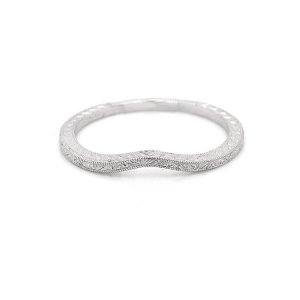 Thin Vintage Curved Engraved band 1mm