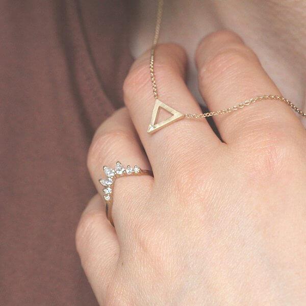Triangle power gold diamond pendant