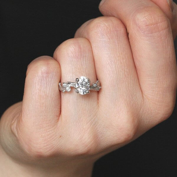 Twig hand carved promise ring by OroSpot