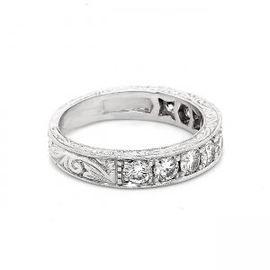Vintage 1Ct round diamond pave band with engraving