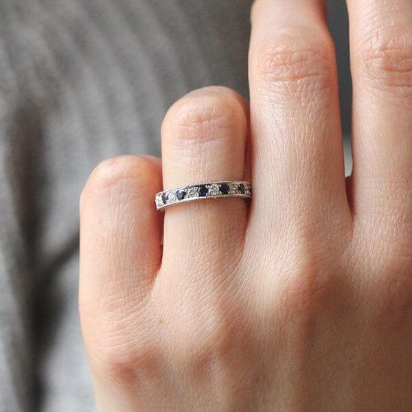 Vintage, elegant pave diamond and sapphire wedding ring OroSpot