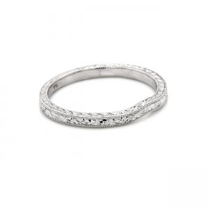 countour hand engraved wedding ring