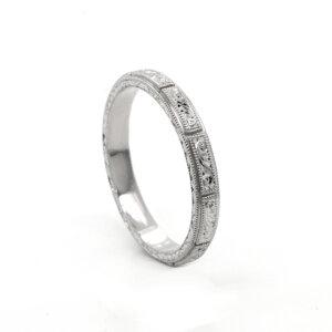 Sectional hand carved vintage wedding ring OroSpot