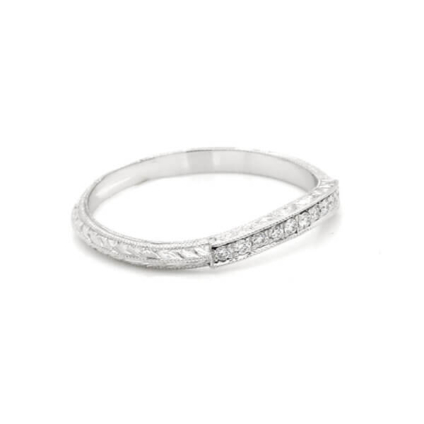 Antique-engraved-contour-wedding-ring-with-diamonds-by-OroSpot-1