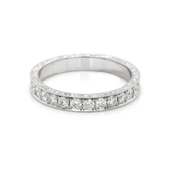 Vintage, hand engraved 3mm diamond wedding ring by OroSpot