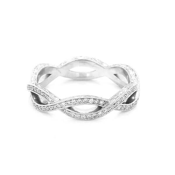 Antique intertwined hand engraved wedding ring with diamonds by OroSpot