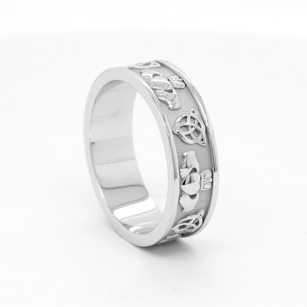Claddagh Men's Wedding Gold Ring by OroSpot