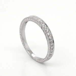 Hand carved diamond pave wedding ring by OroSpot