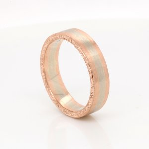 Two tone gold vintage mens weding band OroSpot