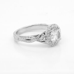 Vintage hand carved promise ring by OroSpot