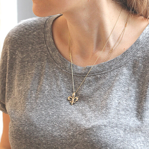 Flower of the lily pendant naeckalce by OroSpot