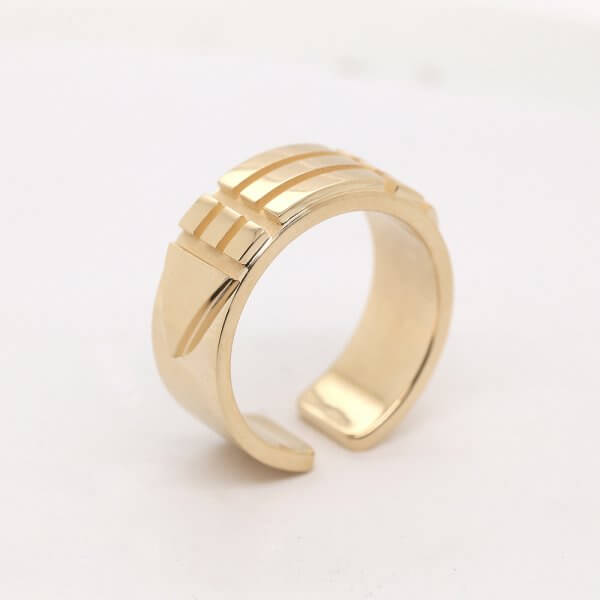 Atlantis 9mm Ring in Solid Gold